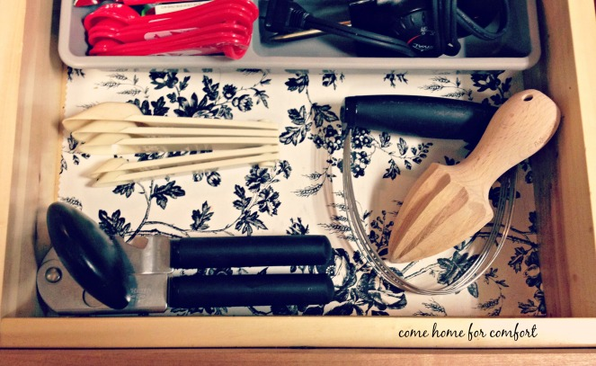 utensil drawer detail2