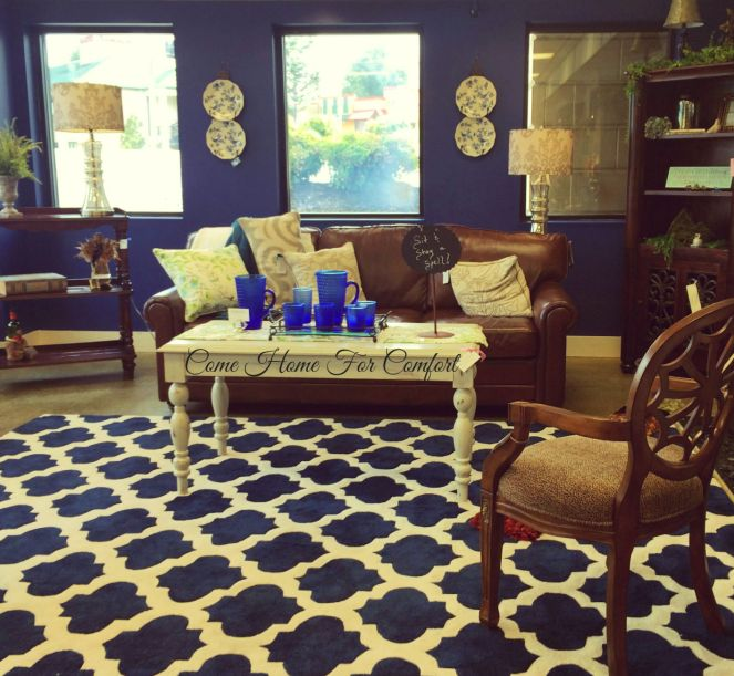 Blue Living Room Dressed For Summer