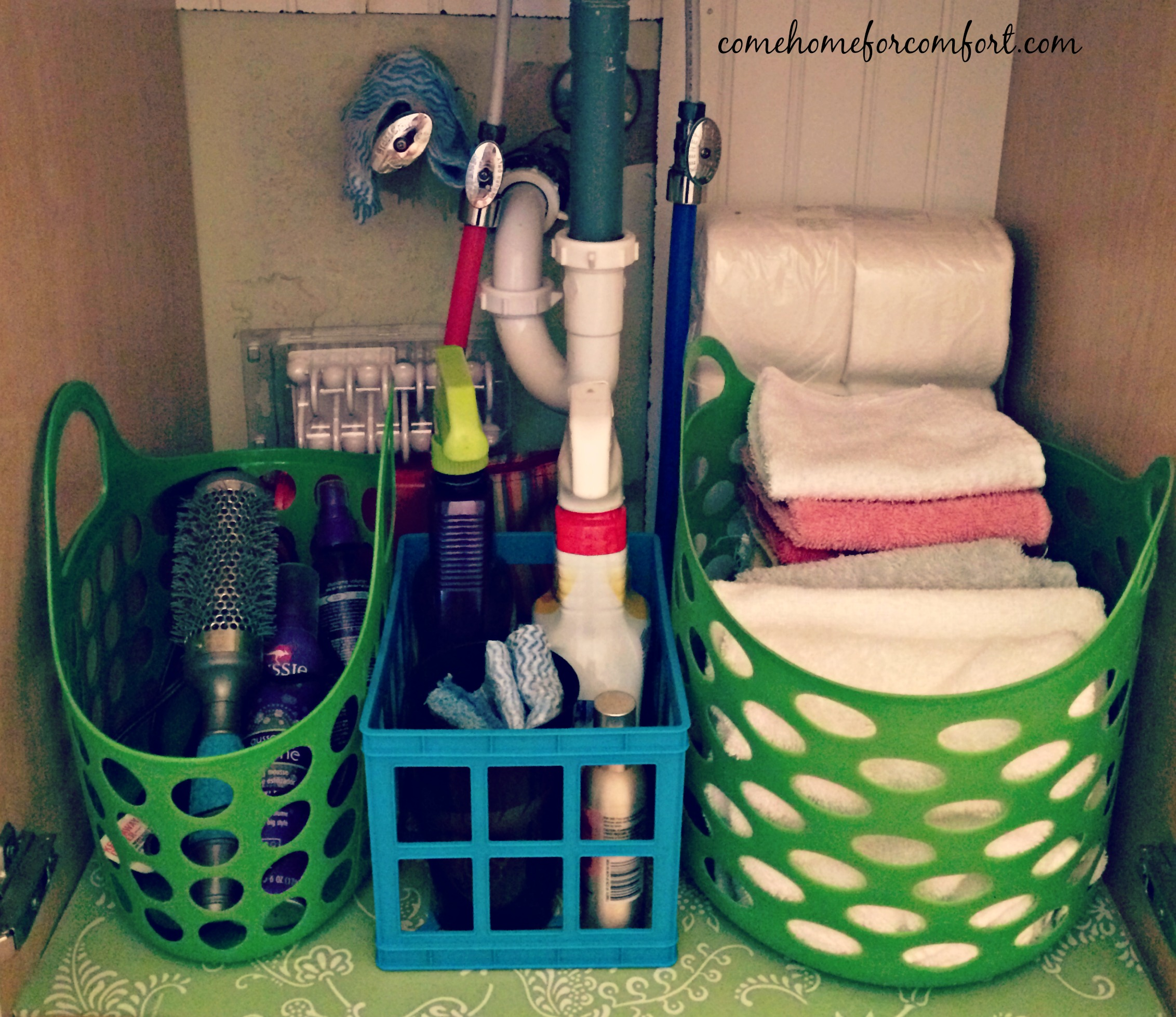 Bathroom organizers under sink - How To Organize Under The Bathroom Sink 3 Come Home For Comfort