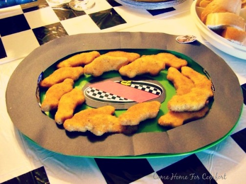 Nascar Party Themed Serving Platter via ComeHomeForComfort.com