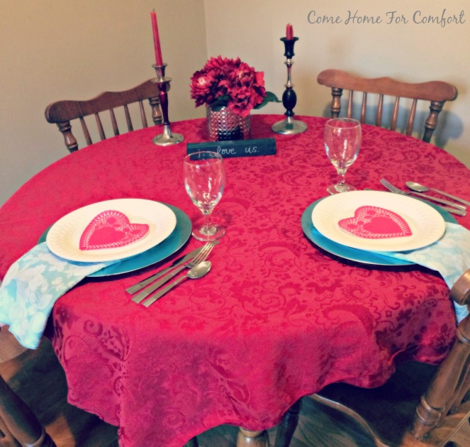 Valentines Day Date At Home via ComeHomeForComfort.com