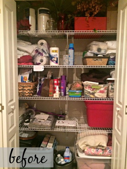 Organizing A Linen Closet on A Budget via ComeHomeForComfort.com
