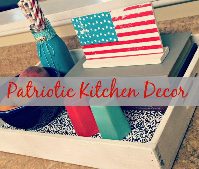 Patriotic Kitchen Decor via ComeHomeForComfort.com 7