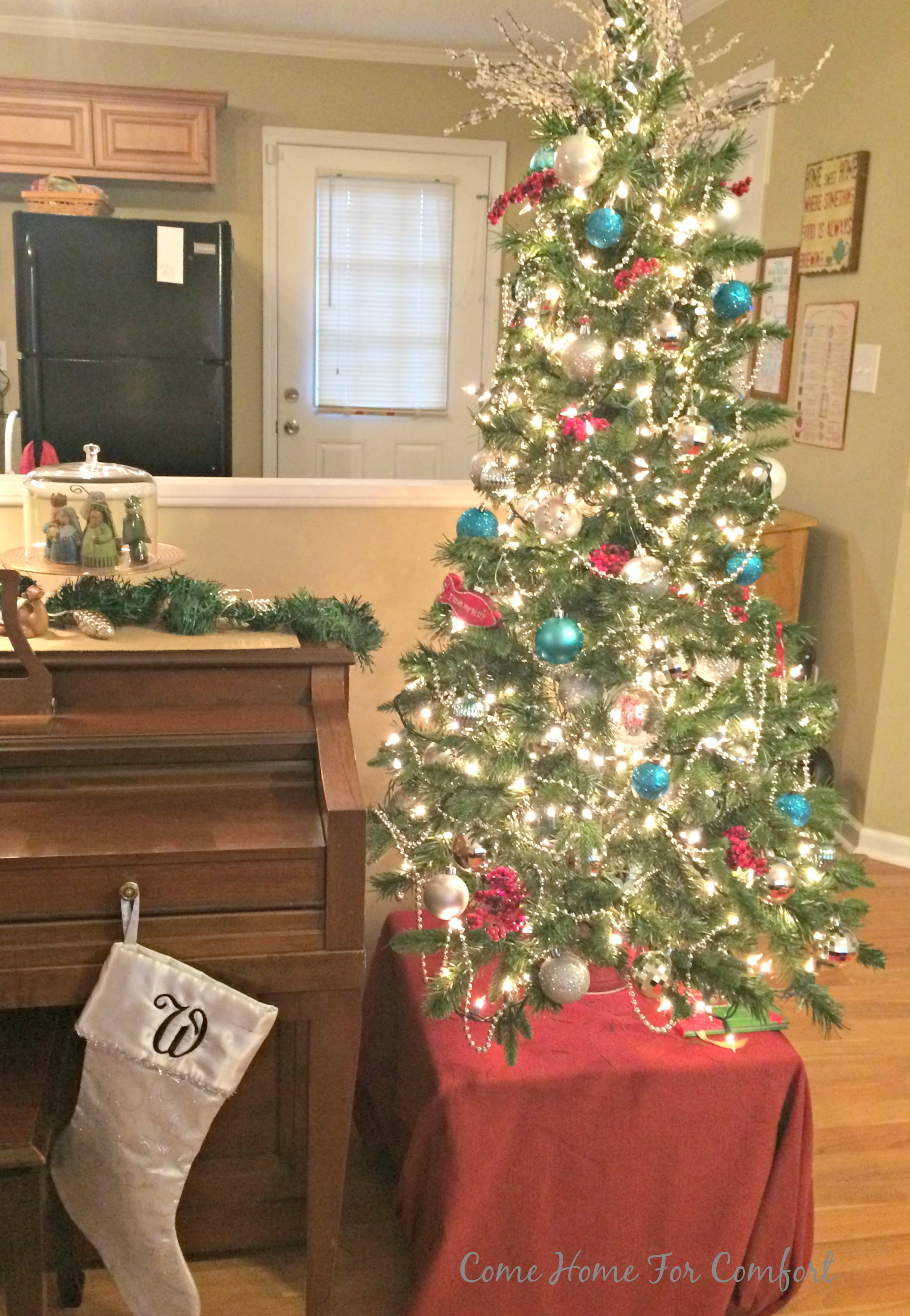 Christmas decor tour 2015 come home for comfort Channel 7 better homes and gardens recipes