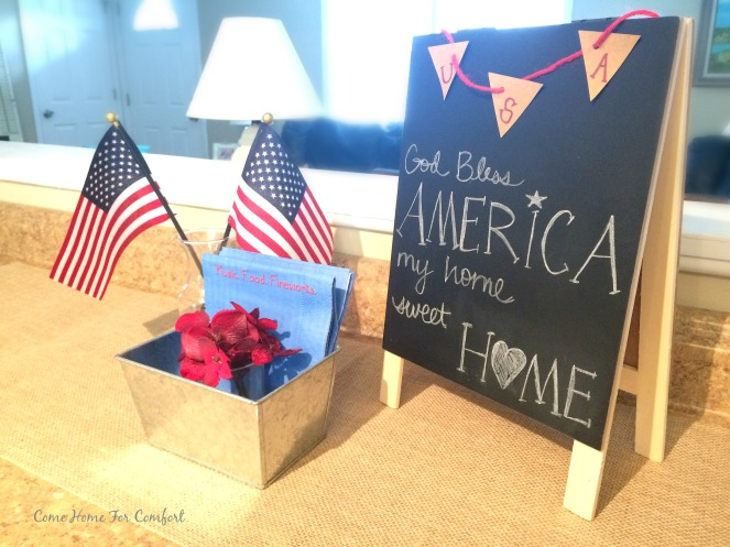 My Home Sweet Home Patriotic Decor from ComeHomeForComfort.com