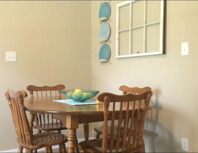 Dining Area Before via ComeHomeForComfort.com
