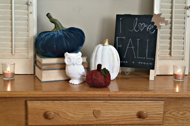 fall-decor-tour-2016-entryway-table